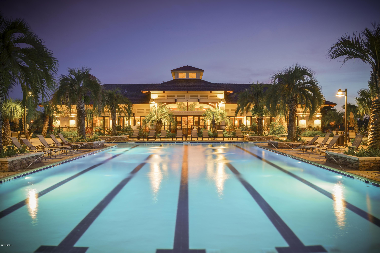 Lanai_Night_pool_fountains_rgb